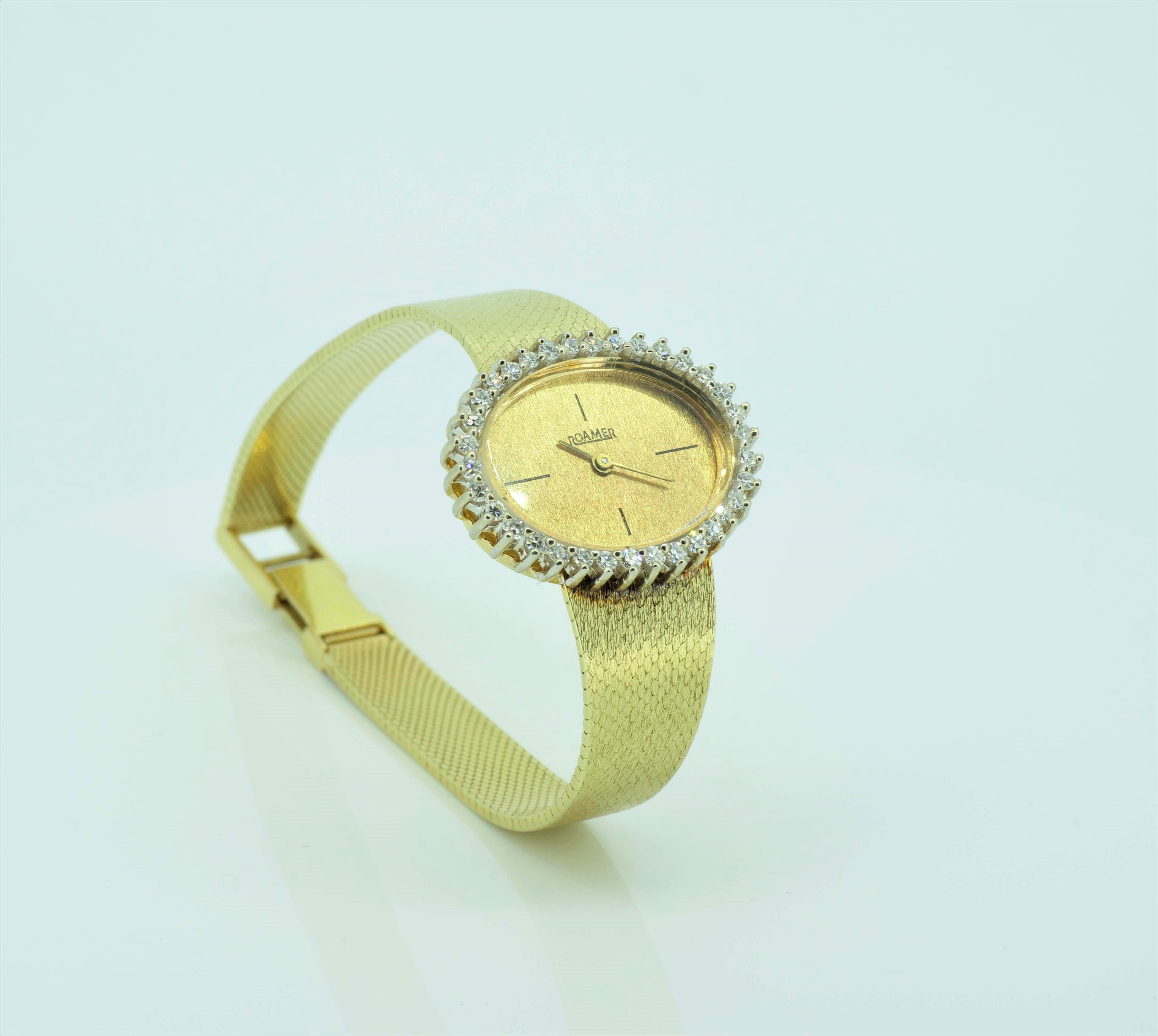 Elegante Gelbgolduhr mit Diamanten