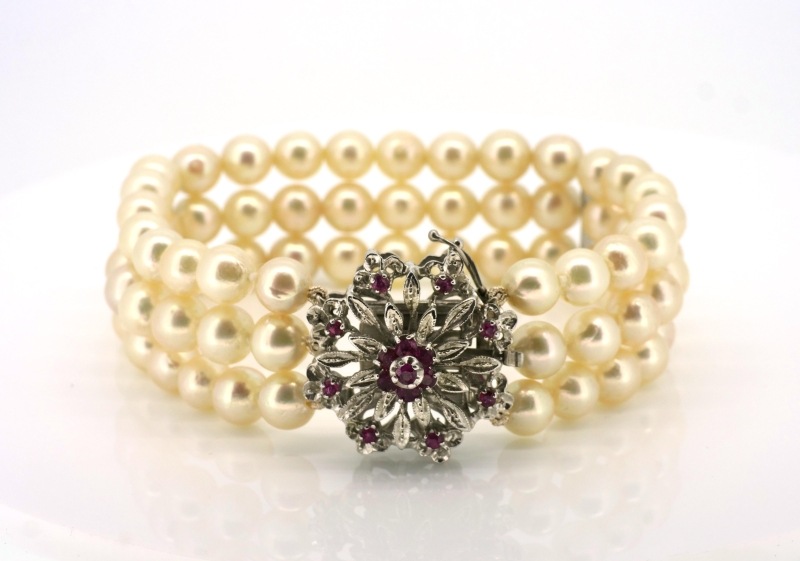 Fürstliches Armband
